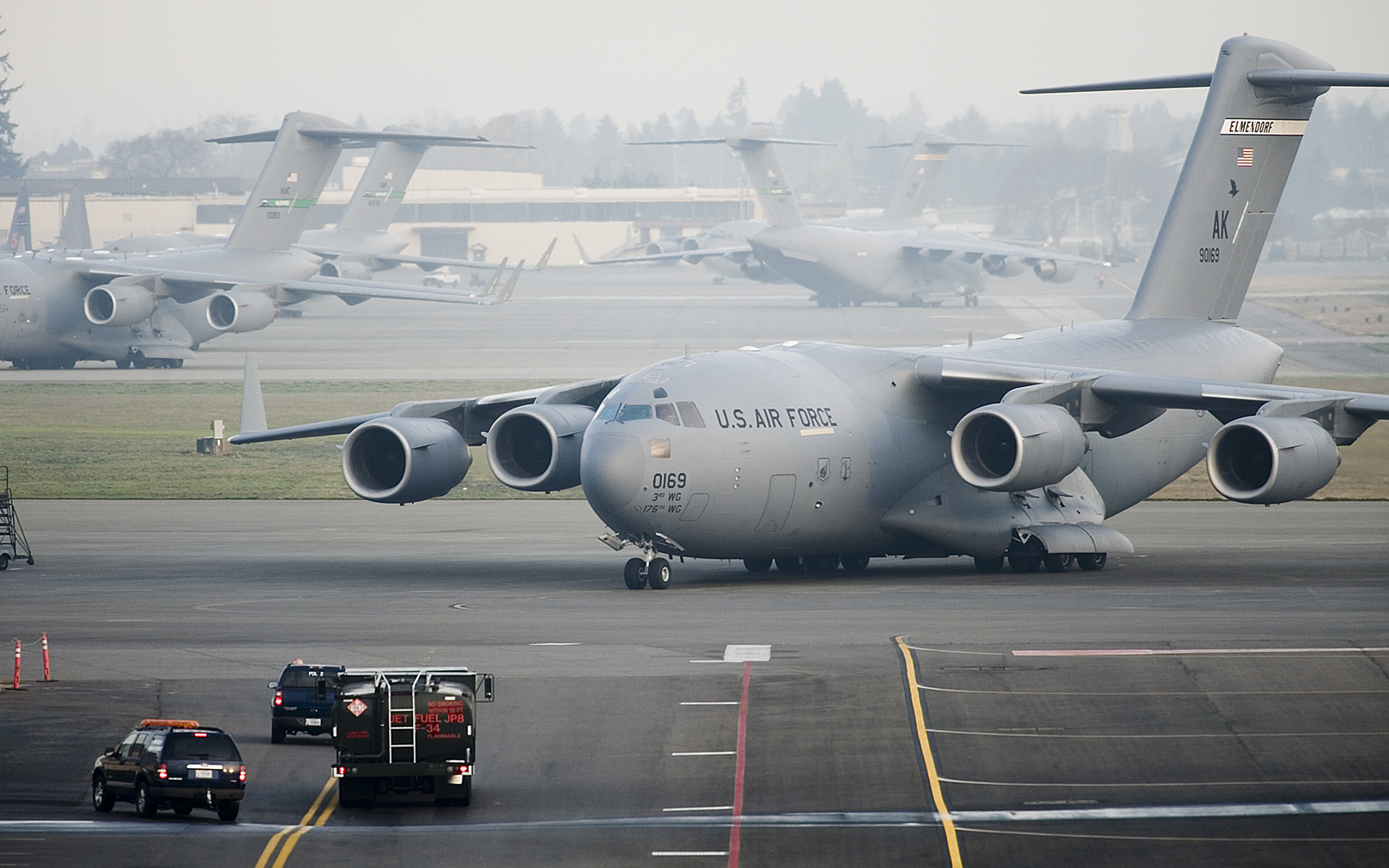 McChord receives Alaska-based Airmen, aircraft as precaution to volcano